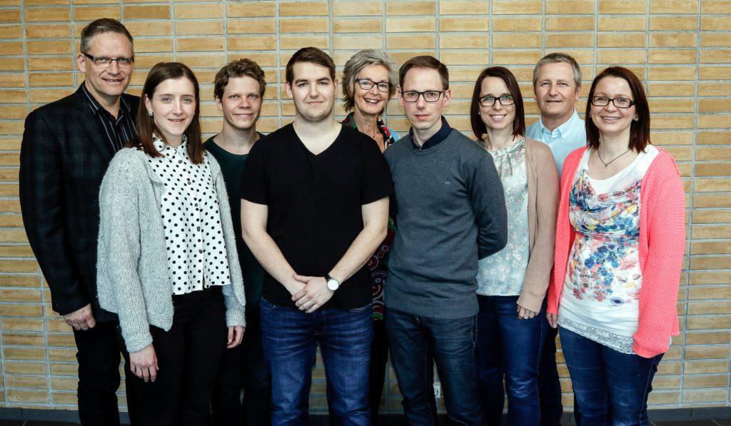 Foto: Egil Sæbø NLA Mediehøgskolen Gimlekollen. Fra venstre: Lars Dahle, Ingvild Hellenes, Morten Marius Larsen, Byrkjedal, Margunn Serigstad Dahle, Kjetil Fyllingen, Anne Solfrid Brennhovd, Bjørn Hinderaker, Britt-Ellen Skregelid Birkeland.
